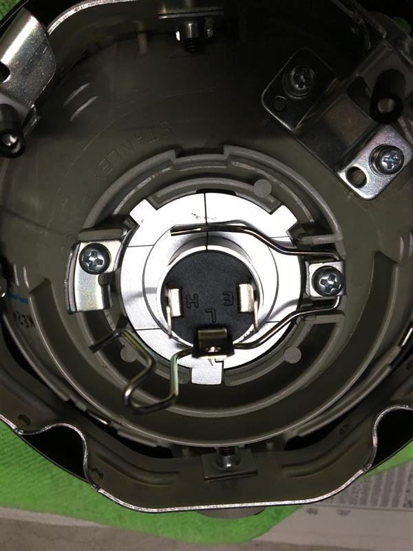 H4ヘッドランプ交換