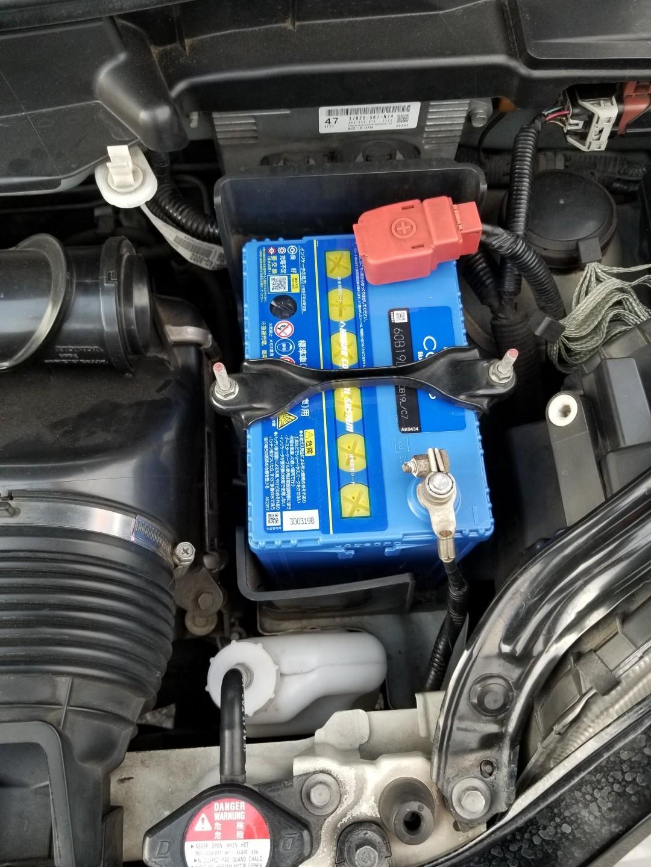タイヤ交換のついでにバッテリー交換