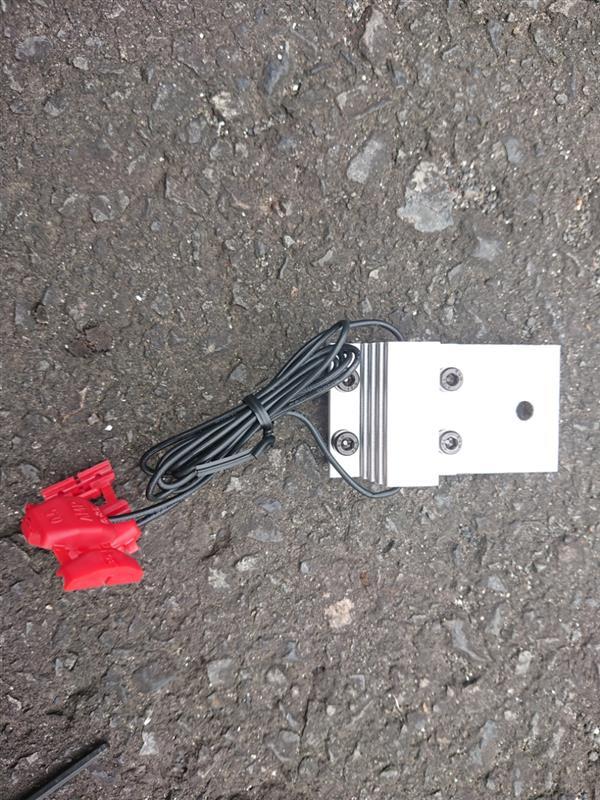 PHILIPS LED専用 ハイフラ防止抵抗ユニット取り付け