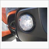 この車を最初に見た時から気になっていたのが、フォグランプの曇り。<br /> パターンのない透明レンズなので特に目立つんですね。