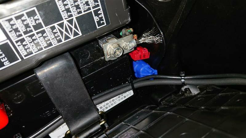 各種系統に放電索で静電気除去
