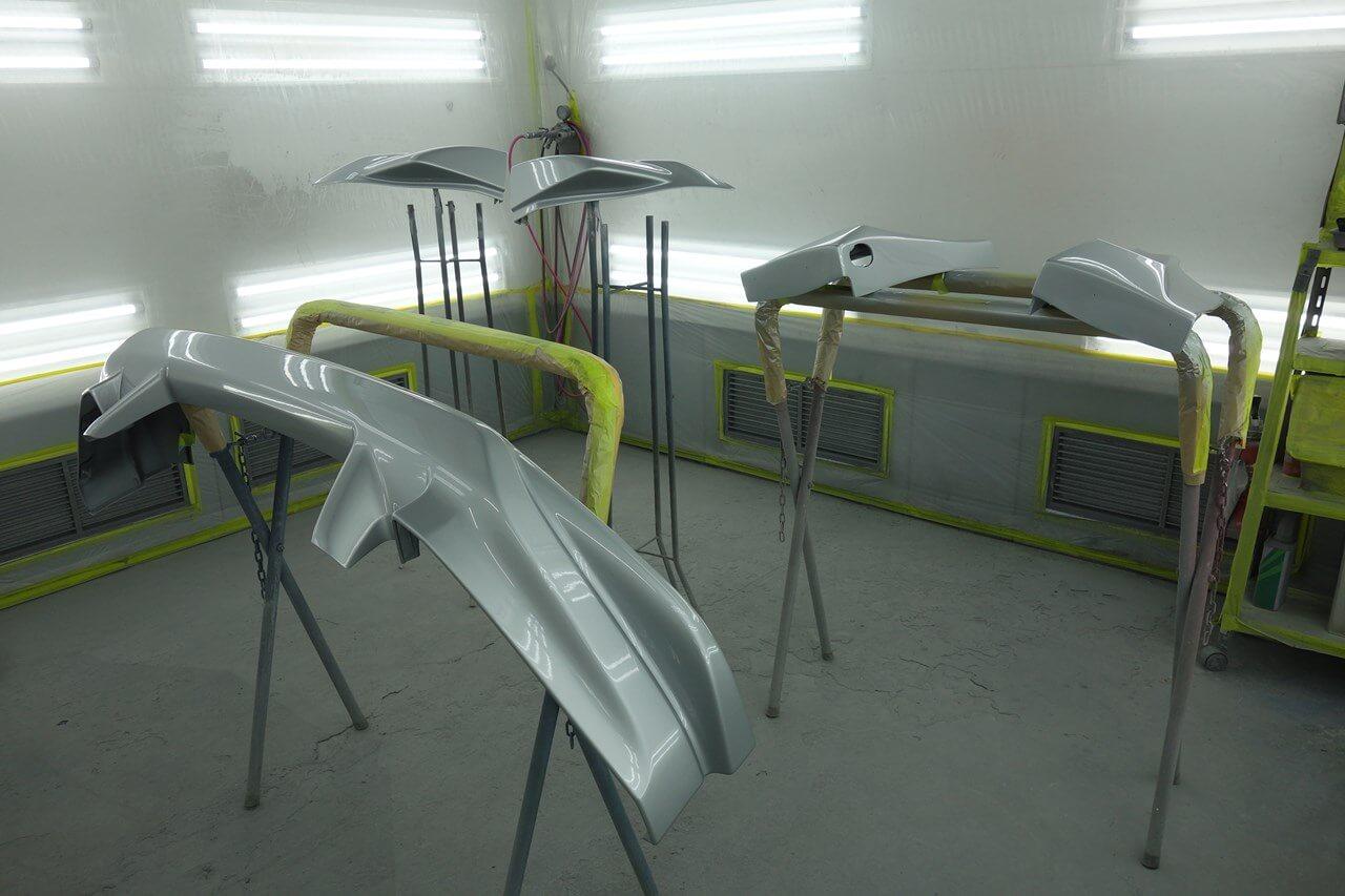 日産 フェアレディZ 持ち込み品エアロパーツ塗装取付。小平市。