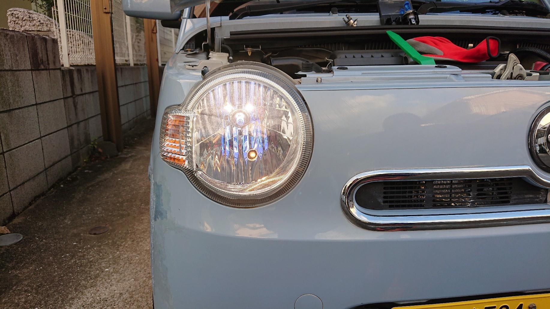 ミラココア ヘッドライト交換