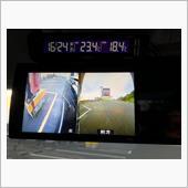 これで、ナビの機能はそのままで、フロント、サイドカメラが使えます。<br /> <br /> ナビに接続しない理由は、ナビのカメラ入力端子は、バックカメラ用しか無い為、そこに接続すると、カメラ表示で、ナビが後退していると判断していまう為、自車位置が狂うことが理由。