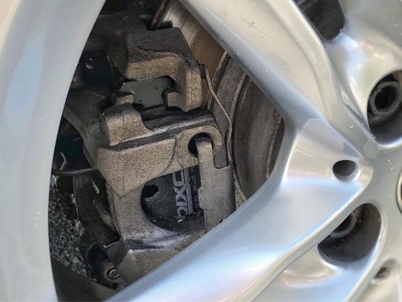 F・Rブレーキパッド・センサー交換