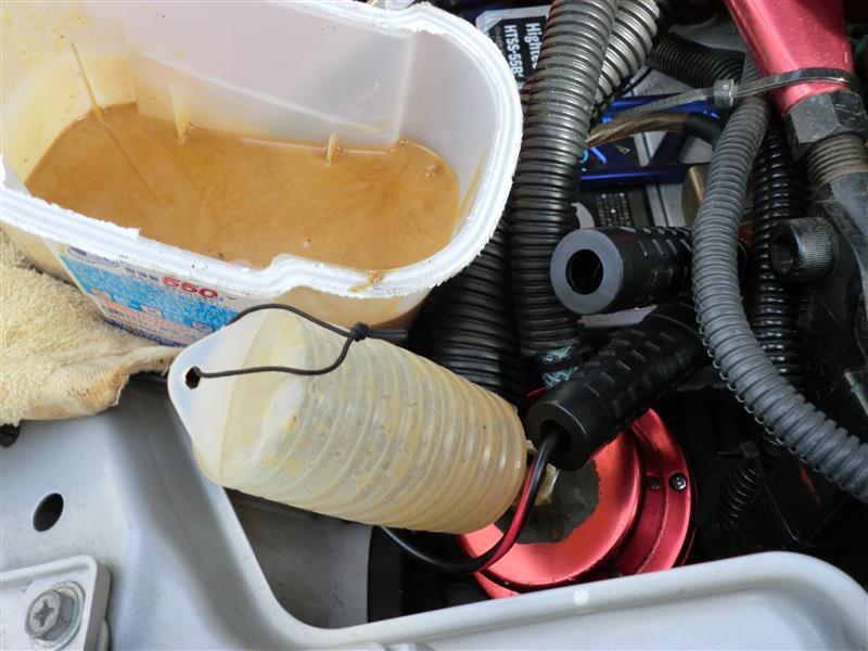 オイルキャッチタンク清掃