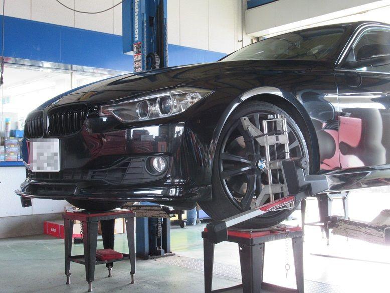 アライメント調整..BMW F30 320 アイバッハサスペンション