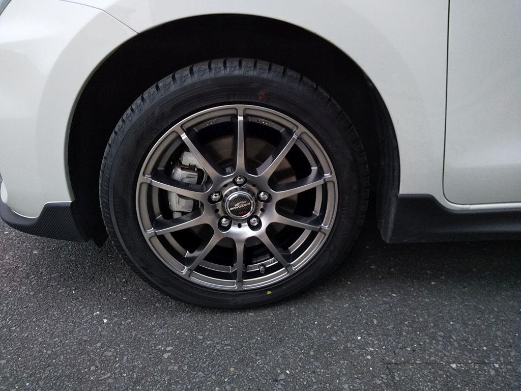 タイヤ交換(スタッドレスタイヤ)
