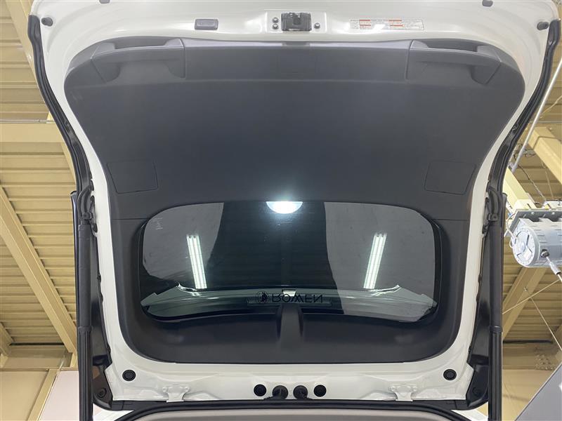 【RAV4】ブレーキ4灯化キット取付