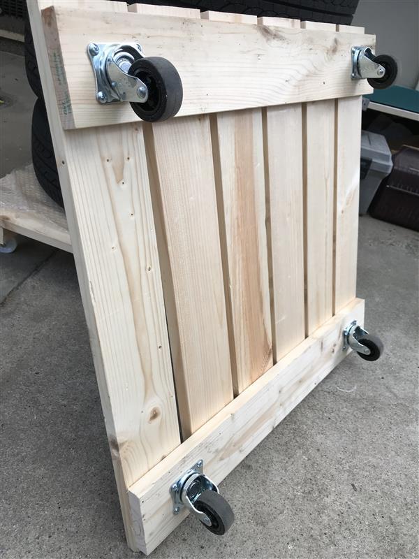 タイヤ保管場所のための車庫棚製作