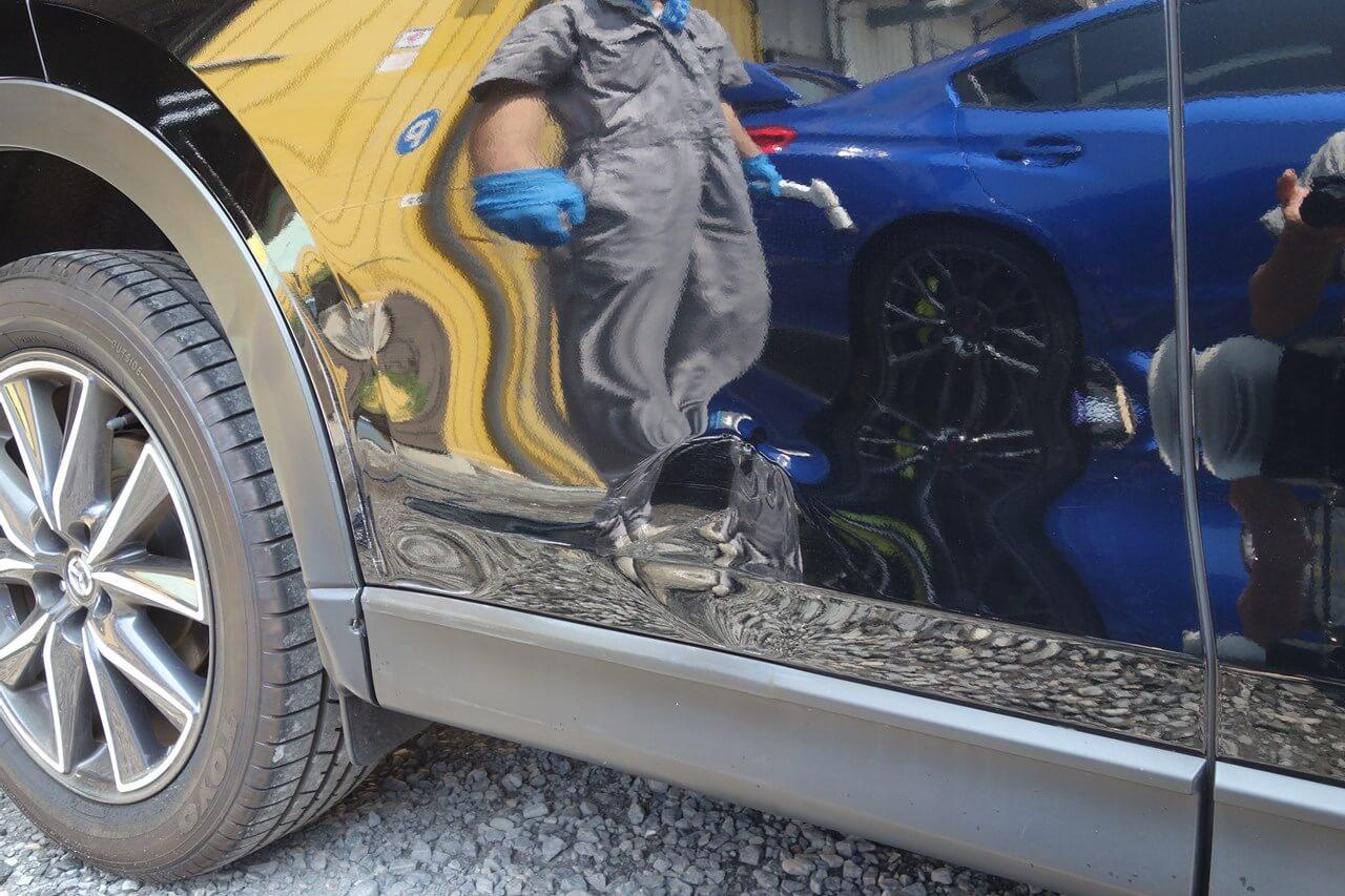 マツダ CX-5 右リヤドア事故 キズへこみ鈑金塗装修理。国分寺。