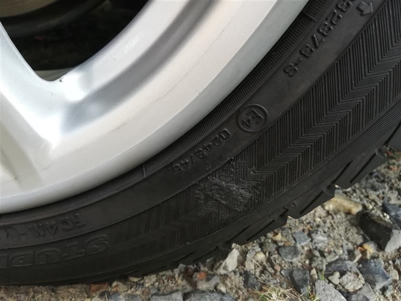 タイヤ補修