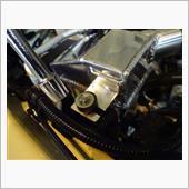 取り付け替えのボルトは1本デス。<br /> ゴムラバーマウントを付け替えて'本体固定します。<br /> あとは..インレットパイプとアウトパイプを繋いで装着完了^^♪<br /> <br />