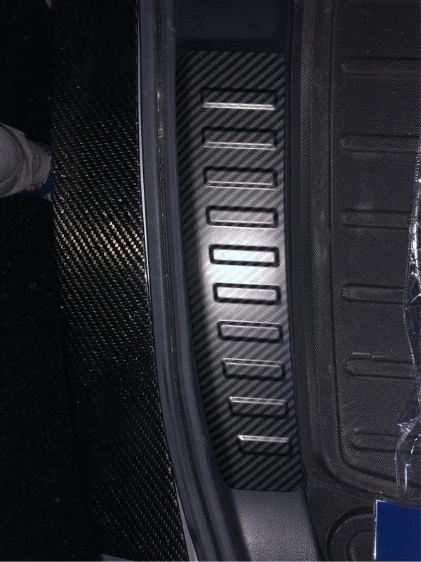 インナーラゲッジ ステップガードカーボン調