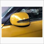 貼り付け。う〜ん、少しイメージしていたのと違うような・・・。<br /> N-one購入時、無限のカーボンミラーカバーは高価で断念、<br /> 黄色のカバーに交換。<br /> 無限のカバーのイメージがあるから、<br /> 黒のカバーに貼る方が自分のイメージにあっていいかも。