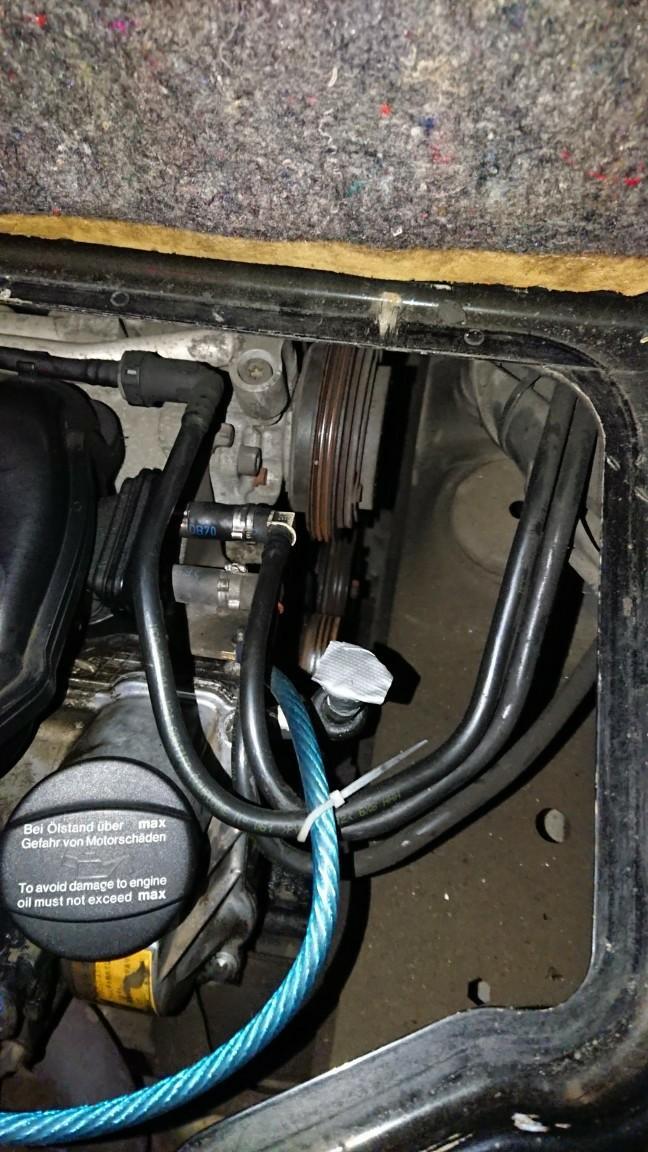 オルタの警告灯が点灯、水温も爆上がりで不動になりました( ˘ω˘)スヤァ<br /> ベルトが切れてどっかいってました😇