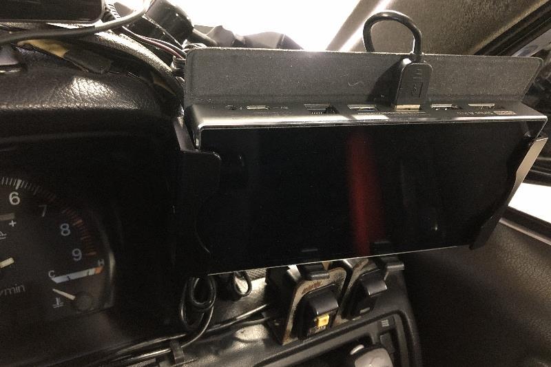 UMPC固定のモバイルホルダーを交換