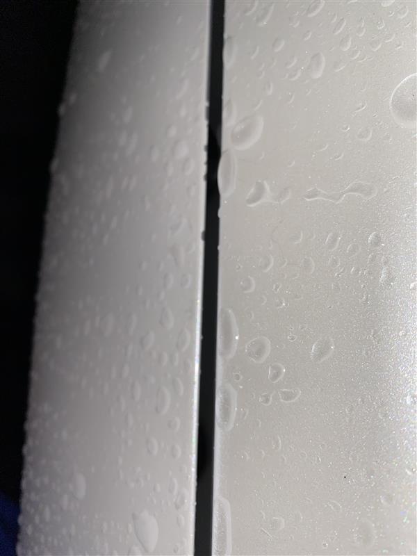 070 ホワイトパール塗装剥がれ修理①
