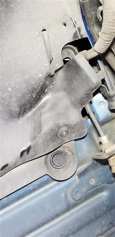 タイヤ、ホイール交換、窒素充填、センターキャップ交換、アライメント車高調整