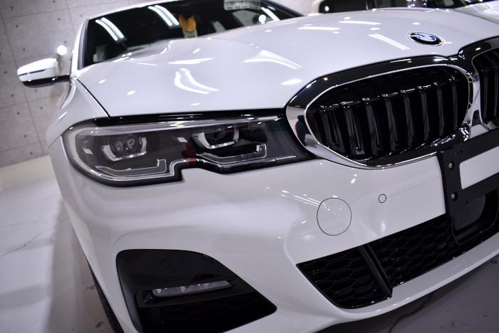 エコだけじゃない!BMW・320d xDriveのガラスコーティング【リボルト姫路】