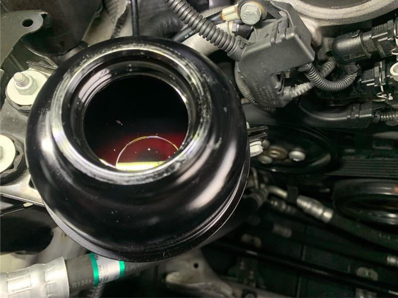 BMW E90 パワステオイル交換