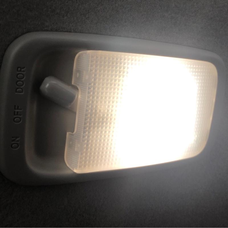 ルームランプ(センター)LED化!