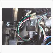 エンジンルーム側のカプラ接続は問題無くカッチと嵌りました。