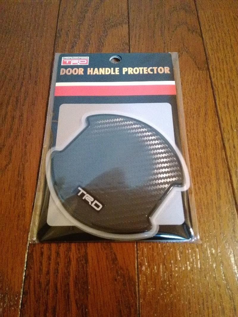 TRD ドアハンドルプロテクター貼り付け