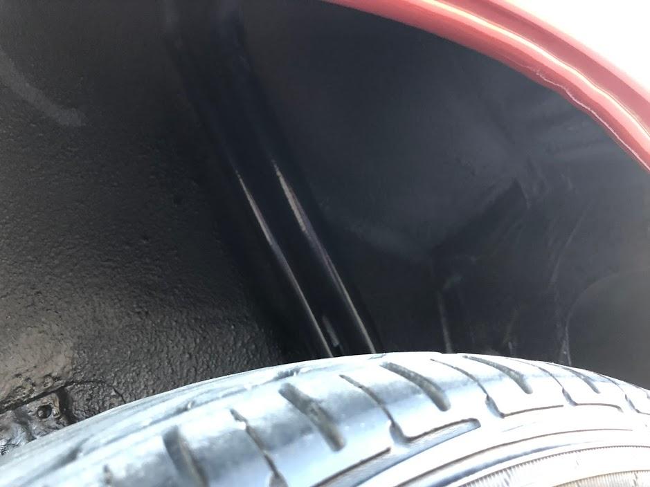 タイヤハウス塗装