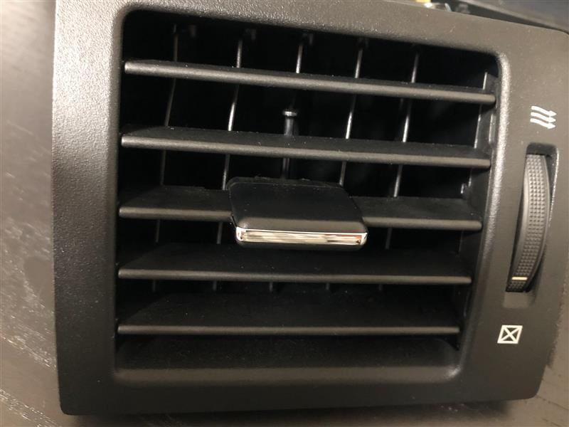 エアコンルーバーメッキ剥がれ修理