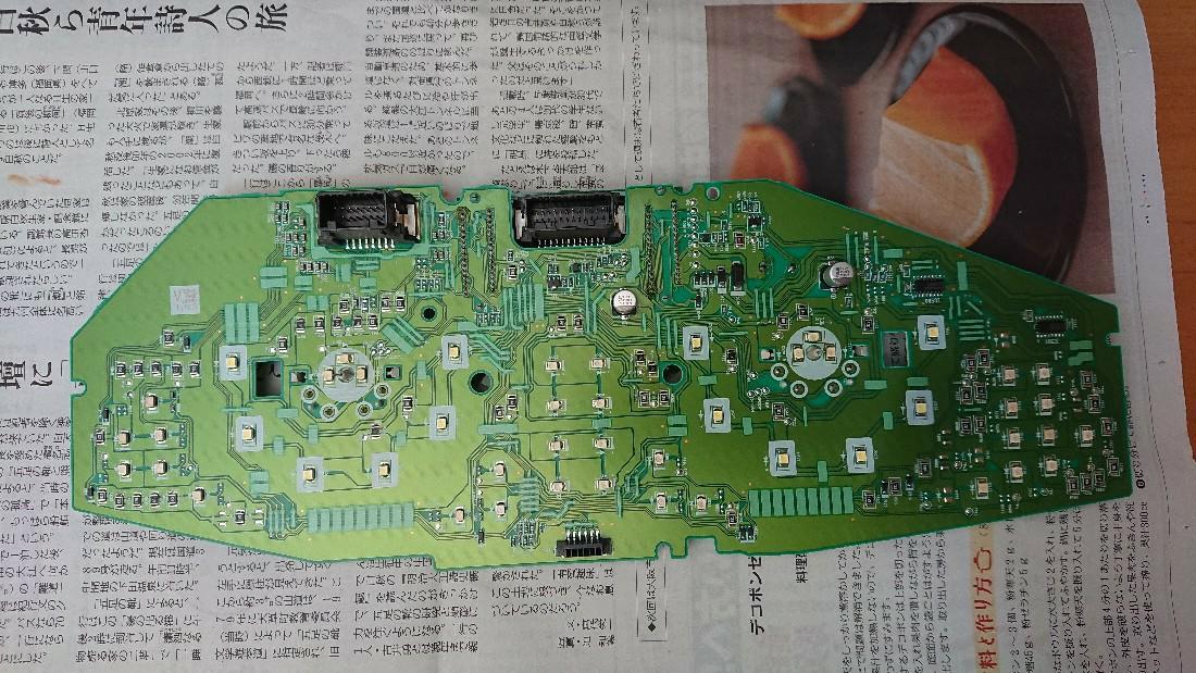 メーター液晶部分のLED打ち替え