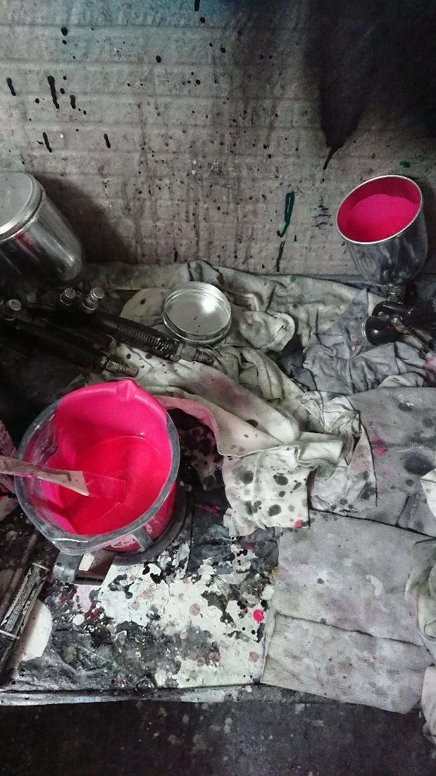 フロントリップの塗装