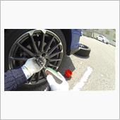 6.ホイールナットをとりタイヤを取り外す