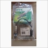 計画変更です。<br /> 22690KA221(SC用)<br /> 中古センサー装着し遮熱板を付けて、元に戻しました。<br /> <br /> 適合するセンサーで燃費が向上したらいいな、<br /> 中古だからこちらも不具合あるかも、、、<br /> <br /> NTK(新品)は、お預けにします。<br /> 暫く走って様子をみて、変化ないようなら交換します。<br /> 燃費が向上したら、エキパイをステンレス化にするときに装着したいです。<br />