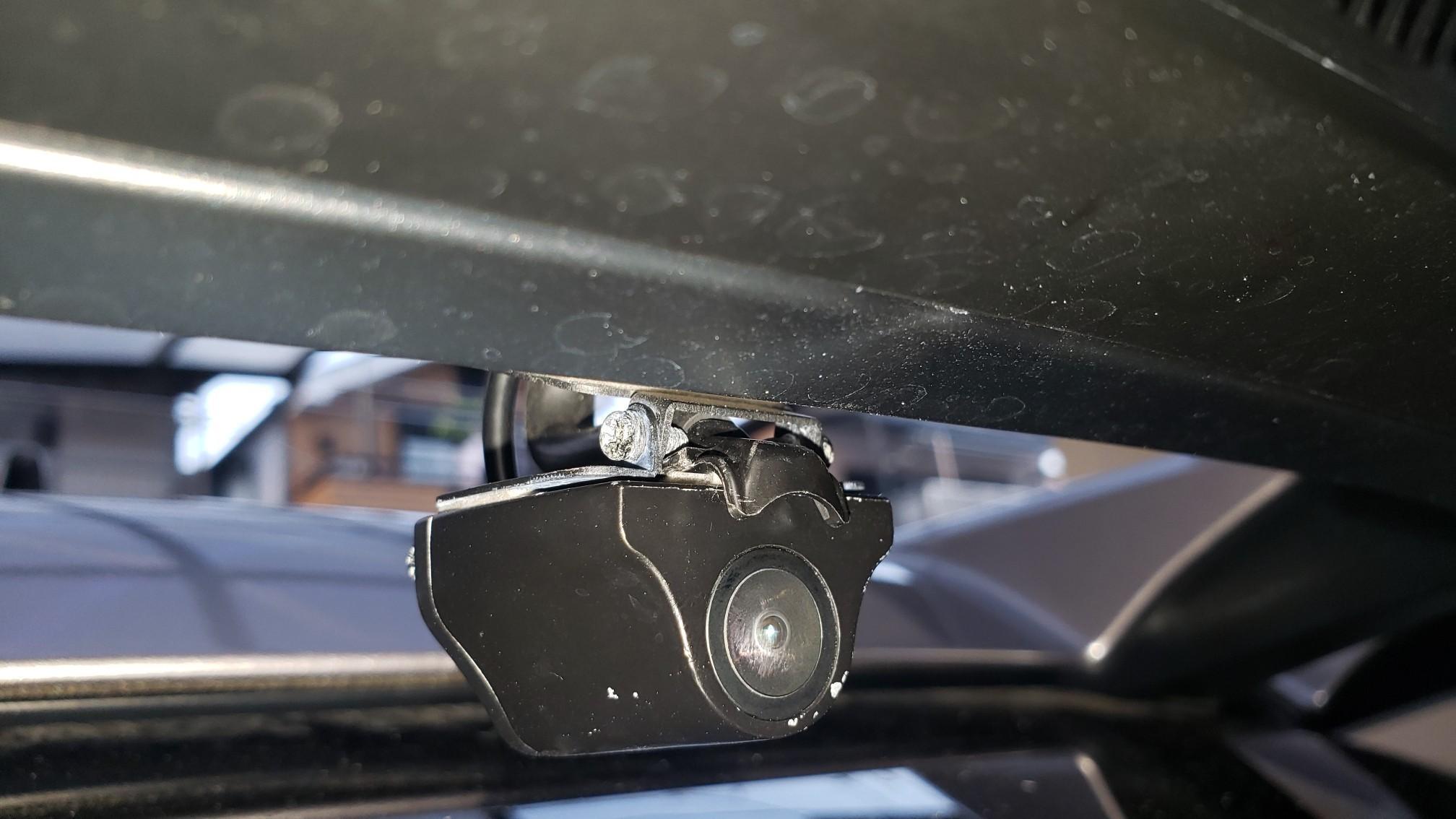インナーミラーカメラ 水滴クリーナー