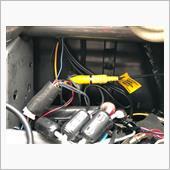 オーディオパネル周りのはずし方は割愛します。<br /> <br /> レヴォーグ純正リアカメラはRCAケーブルタイプです。<br /> このレコーダーはトヨタ純正カメラ(4Pカプラ)接続タイプ(SR-SD01)とRCAケーブル接続タイプ(SR-SD02)ごありますのでRCAケーブルタイプを購入してください\_(・ω・`)ココ重要!<br /> <br /> リアカメラの入力ケーブルは左奥下に埋もれていました…