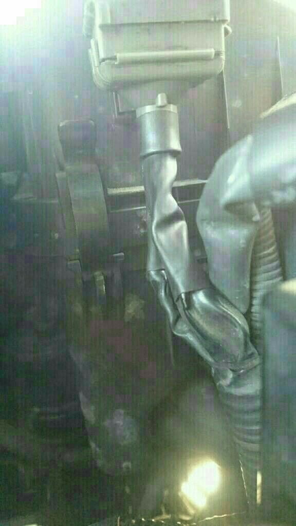 ダイアグコネクター修理