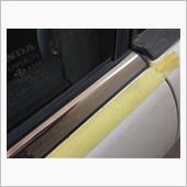 ドアモール補修の画像