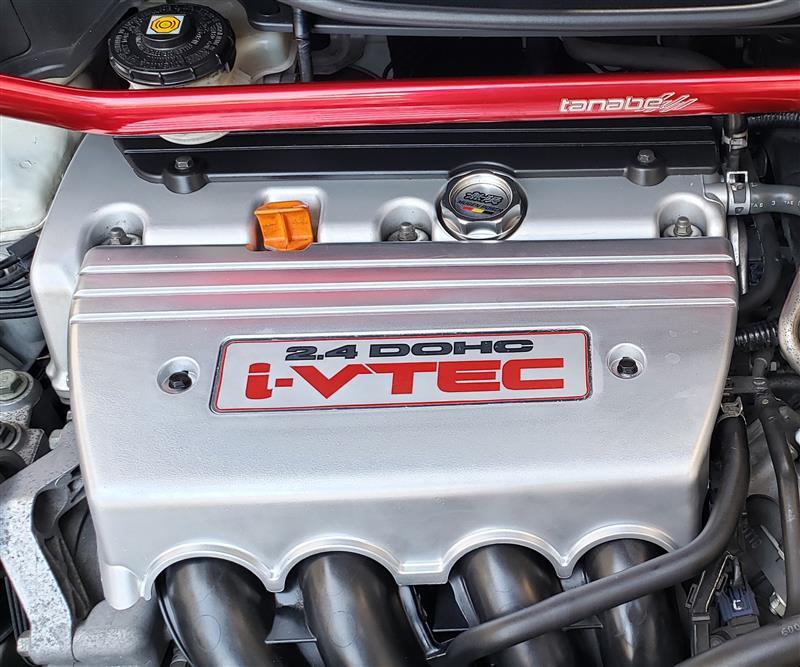 リフレッシュ計画 その2 インシュレーター交換 エンジンカバー塗装