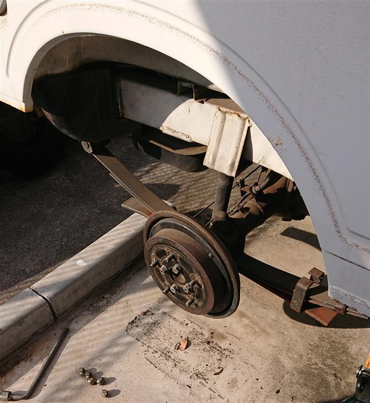 タイヤとバッテリー交換