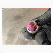 鉄粉も付いています。<br /> 鉄粉は拭き取ってパーツクリーナーで洗浄します。