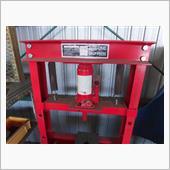 油圧プレスの修正の画像
