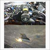 エアコン整備(その4) コンプレッサー・プーリー・シールド装着の画像