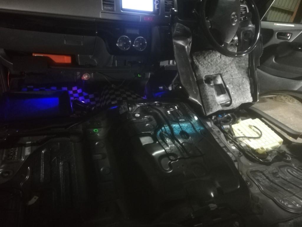 エンジンの熱気対策!