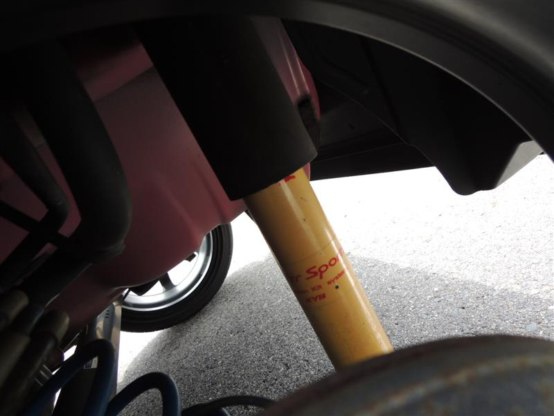 リアサスペンション バンプストッパー追加 サーキット走行に向けて