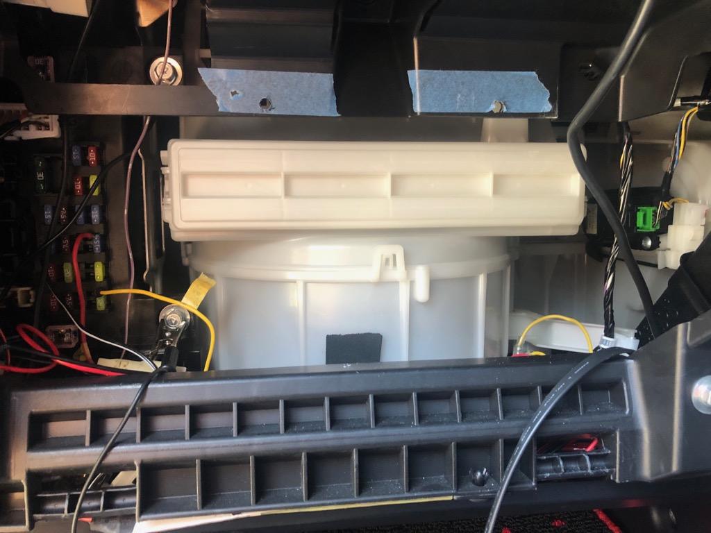 端子台を使い配線整理