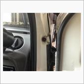 左右ドアー内側 腐食ボルト交換の画像