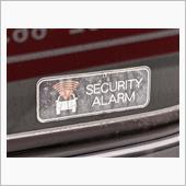 SECURITY ALARMのステッカー貼替の画像