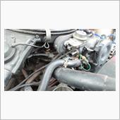 エンジンルームより排気漏れ音の画像