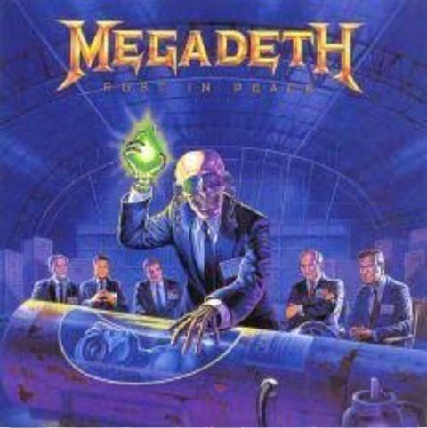 Megadethを聴いていたら異音がしたので点検した所ダッシュボードにゴミが混入していたので撤去することにした。